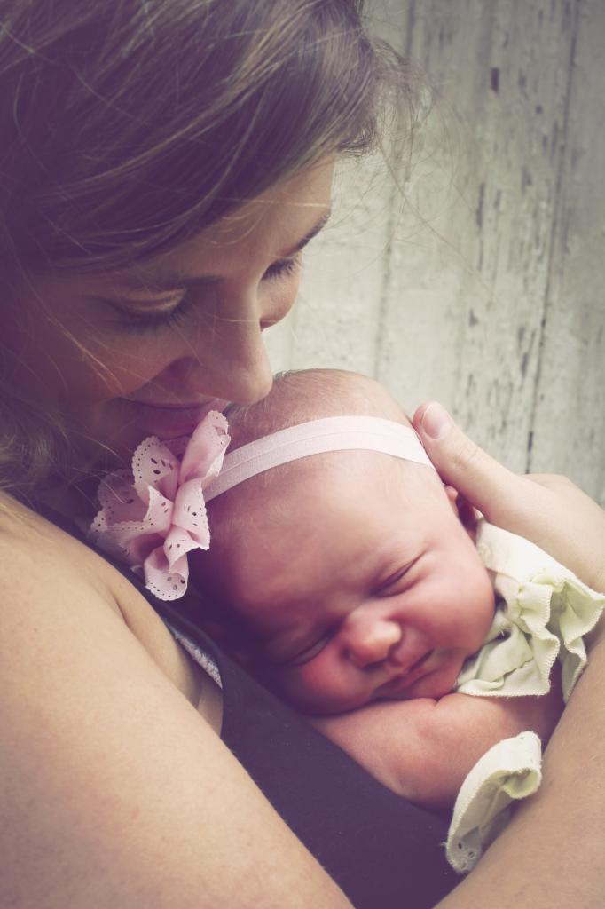 Sara Newborn Pics1-3 copy